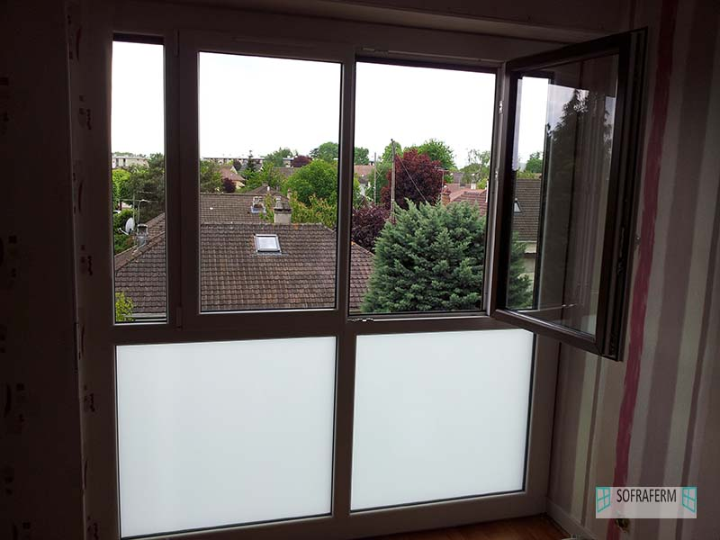 Fenêtre avec vitrage opaque