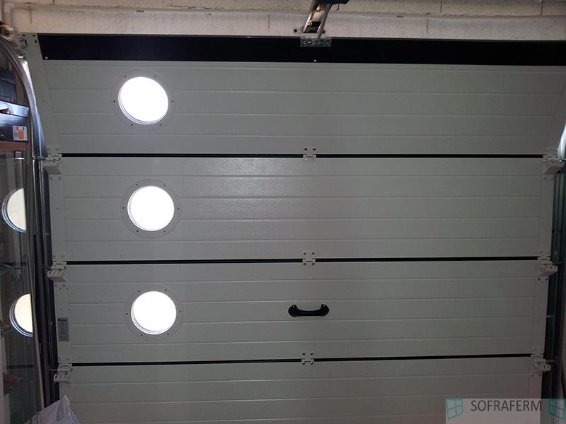 Panneaux de 40 mm pour porte de garage ESSONNE
