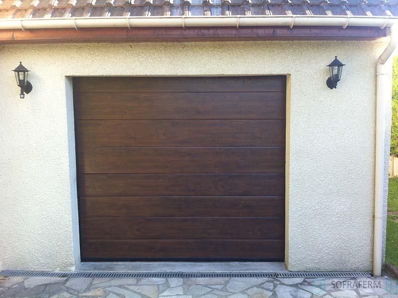 Porte de garage sectionnelle ton bois