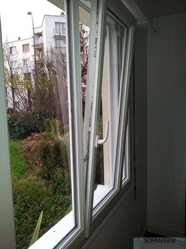 Fenêtre PVC oscillo-battante ANTONY 92160